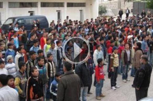 بالفيديو ... الشعب يريد إسقاط المدير في ثانوية صويلح للبنين بالأردن