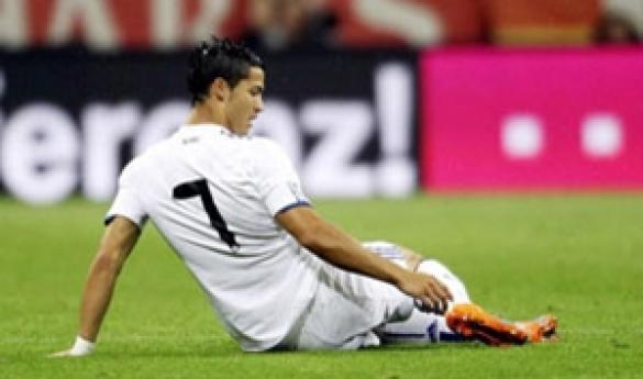 إصابة كريستيانو رونالدو تثير قلق مورينيو وجماهير ريال مدريد