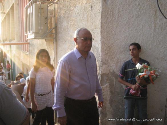 """رجال يستحقون التقدير: الأستاذ أحمد برية """"أبو وسيم"""" 41 سنة من العطاء الذي لا ينضب"""