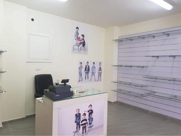 إعلان: محل تجاري للإيجار في وسط البلد