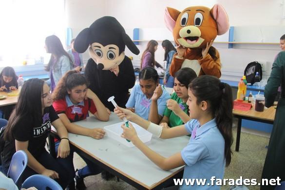 صور: إستقبال طلاب الصفوف السادسة في مدرسة الظهرات الشاملة