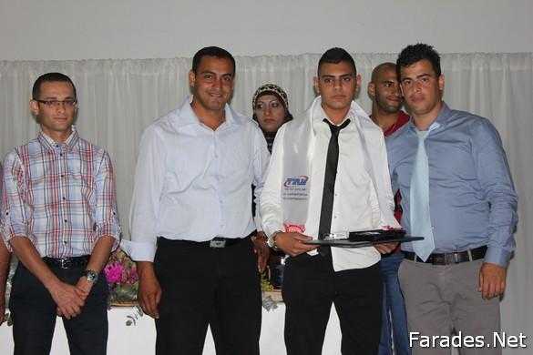 مدرسة النجاح عتيد التكنولوجية تحتفل بتخريج فوجها السادس من طلاب الثواني عشر