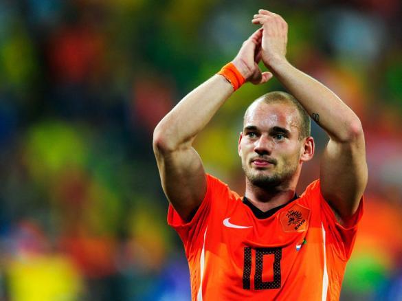 هولندا تفاجئ منتخب البرازيل وتفوز عليه 2-1 وتصل الى نصف النهائي