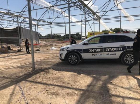 مصرع عامل عربي بعد سقوطه عن ارتفاع قرب قيساريا