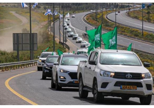 """""""الشباب المؤثر"""" ينظّم أطول مسيرة سيارات دعمًا للموحدة في النقب"""