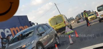 حادث طرق على الشارع الرئيسي قرب الفريديس